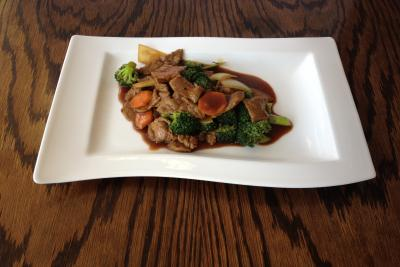 Beef with Broccoli Spears & Oyster Sauce